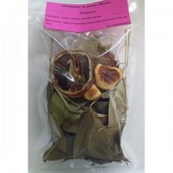 Préparation rhum arrange ananas