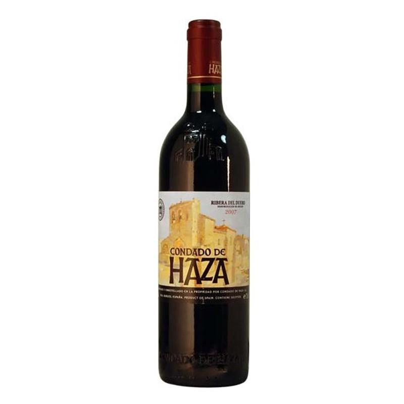 El vino tinto Condado de Haza Crianza esta elaborado con uva 100 Tempranillo y pertenece a la DO Ribera del Duero Este vino se