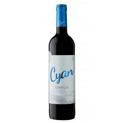 El Vino Tinto Cyan Crianza es un vino tinto ecologico que provoca sensaciones potentes tiene una variedad 100 de Tinta de Toro