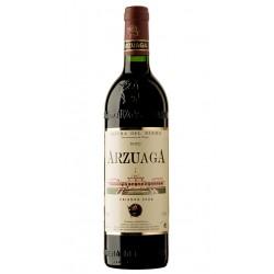 VINO TINTO ARZUAGA CRIANZA 375mlEl vino tinto Arzuaga Crianza de 375 ml esta elaborado con 90 Tempranillo 7 Cabernet Sauvignon