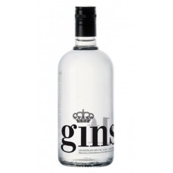 GINEBRA GINSELF GINGinself es el resultado entusiasta por parte de sus cuatro creadores de la ginebra perfecta con un sabor uni