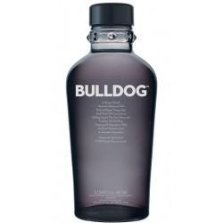 GINEBRA BULLDOG GINSe trata de una ginebra realizada con el mayor carino gracias a sus 4 destilaciones en alambiques de cobre d