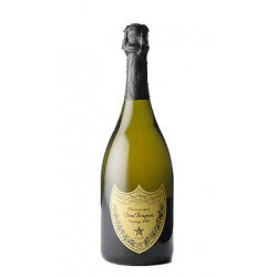 El famosisimo Dom Perignon presentado en estuche ideal para regalo Es un champagne elaborado por la Bodega Dom Perignon con uva
