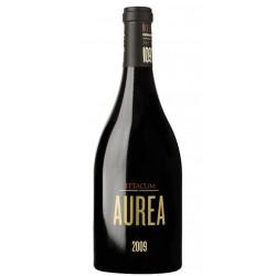VINO TINTO PITTACUM AUREAPittacum aurea es un vino tinto elaborado con la variedad Mencia con una crianza en barrica de roble f