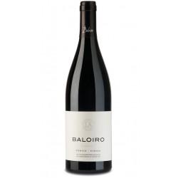 Este vino pertenece a la DO BierzoLa variedad de uva utilizada es 100 MenciaSu vinedo esta ubicado en un area con pendiente que