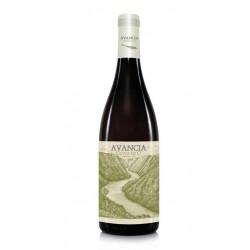 VINO BLANCO AVANCIA CUVEE DE 0 Es un vino blanco fermentado elaborado por la Bodega Jorge Ordonez se trata de un vino monovarie