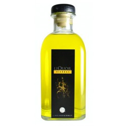 Licor de Hierbas Alambique de Santa MartaEl Licor de Hierbas Alambique de Santa Marta es un producto elaborado de forma totalme