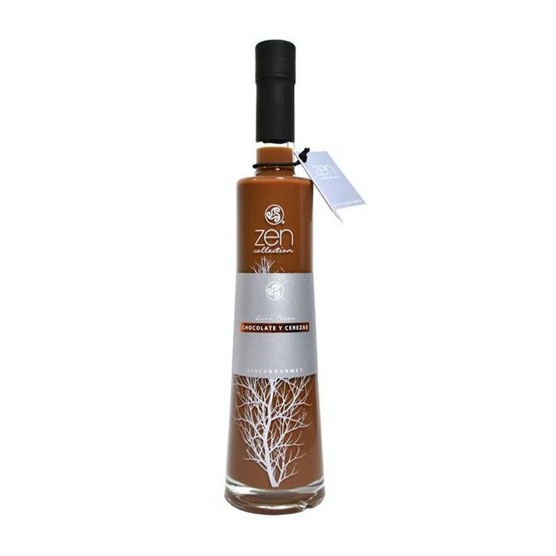 El Licor de Chocolate y Cereza Alambique de Santa Marta esta elaborado de forma artesanal con selectos alcoholes y derivados la