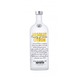 Vodka Absolut Citron El Vodka Absolut Citron es un vodka elaborado en Suecia elaborado solamente con productos naturales y sin