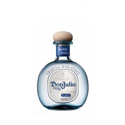 TEQUILA DON JULIO BLANCOEl Tequila Don Julio Blanco esta hecho con el agave mas fino y el prceso de destilacion tradicional el