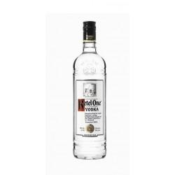 Vodka Ketel OneVodka Ketel One es un vodka elaborado en Holanda por la destileria Nolet Destillery mediante un proceso de desti