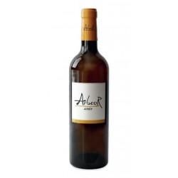 Vino Blanco Arbeor Airen EcologicoEste vino pertenece a los vinedos y bodegas Manvi y tiene una Denominacion de Origen La Manch