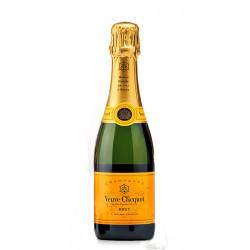 Champagne Veuve Clicquot Brut 375ml El Champagne Veuve Clicquot Brut 375ml con Denominacion de Origen Champagne esta elaborado