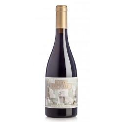 El Vino Tinto Rio Mazos Graciano pertenece a la DO Ca Rioja y posee una variedad de uva 100 GracianoSi tiene alguna duda a la h