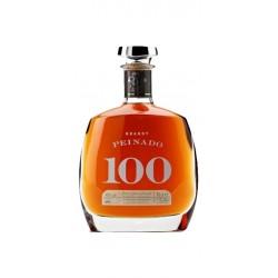 Brandy Peinado 100 anos es un brandy solera Gran Reserva producido en Tomelloso que nace en 1820 En el se juntan tradicion y ca
